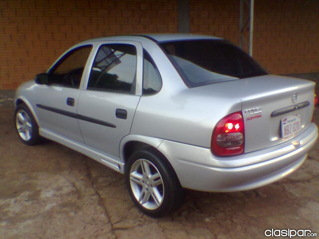 Chevrolet classic 2005 photo - 2