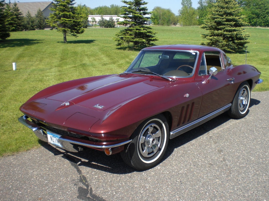 Chevrolet Corvette 1966 photo - 4
