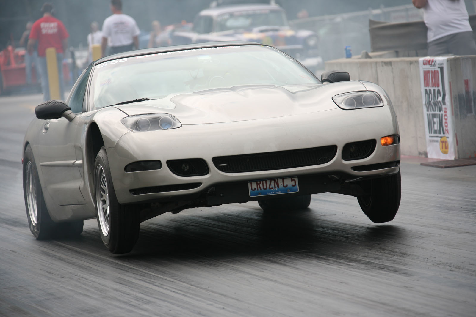 Chevrolet Corvette 2000 photo - 2