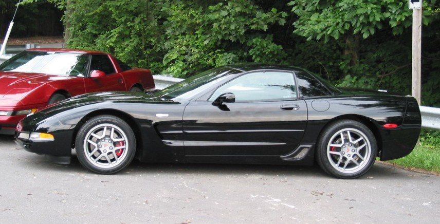 Chevrolet Corvette 2003 photo - 2