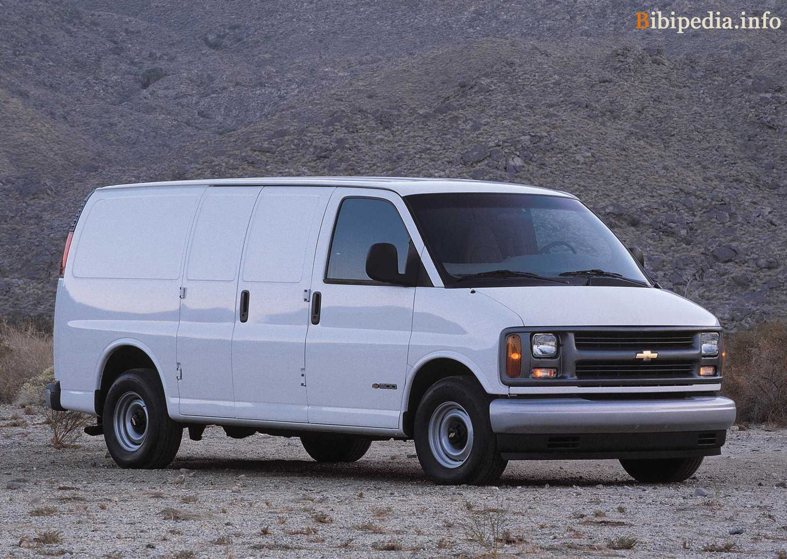 Chevrolet Express 2002 photo - 6
