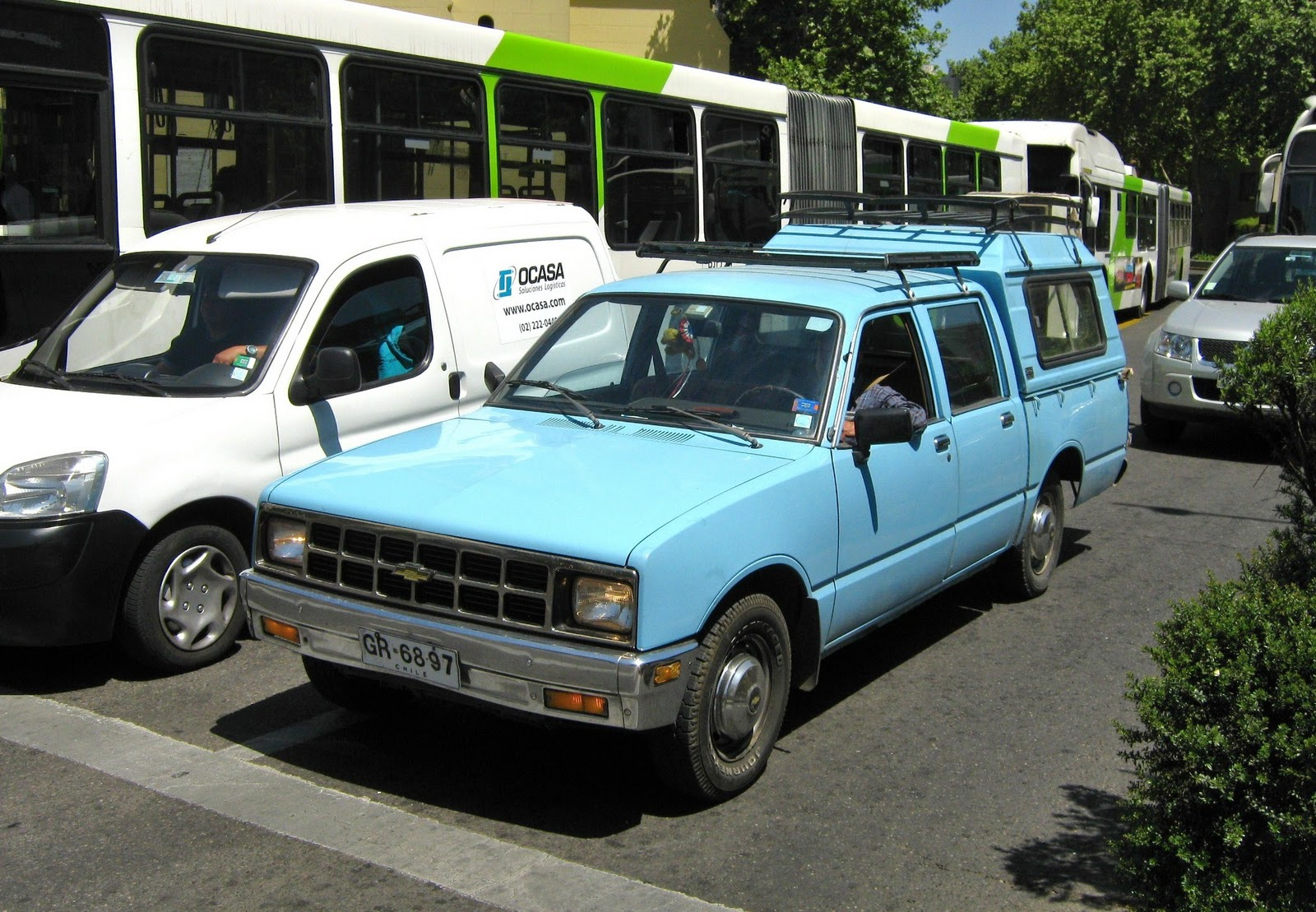 Chevrolet luv 1988 photo - 1