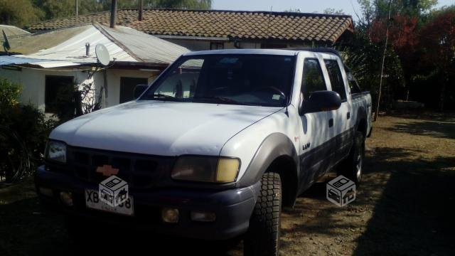 Chevrolet luv 2004 photo - 5