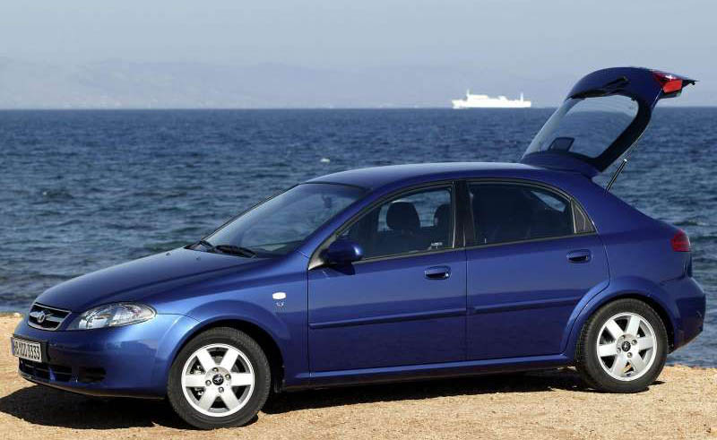 Chevrolet lacetti 2010 photo - 3