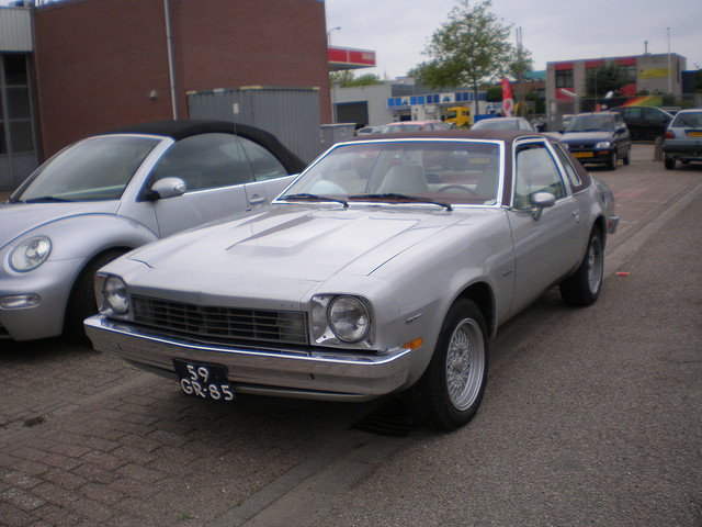 Chevrolet monza 1975 photo - 2