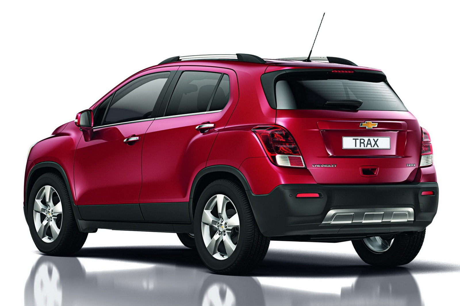 Chevrolet SUV 2012 photo - 6