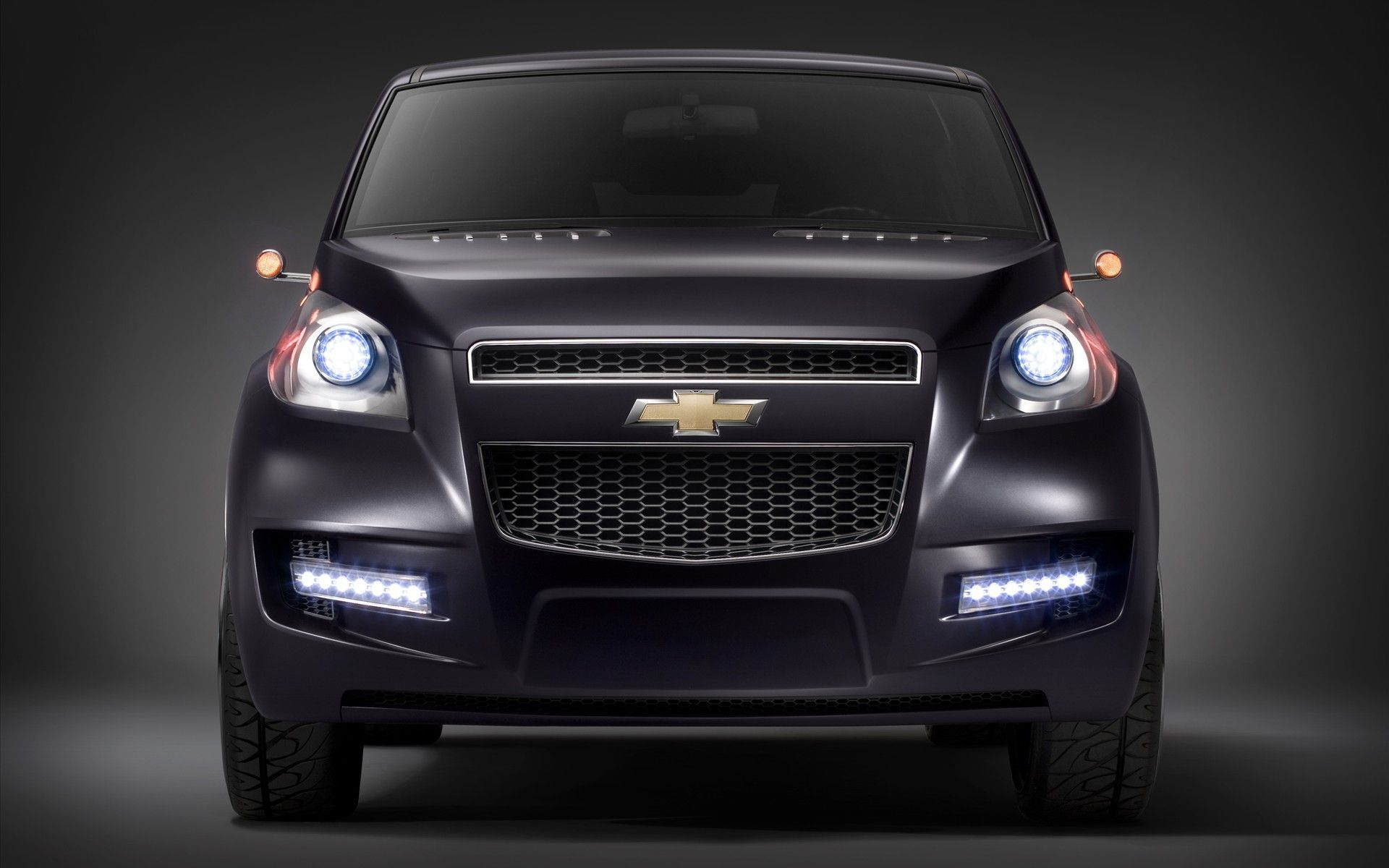 Chevrolet SUV 2013 photo - 4