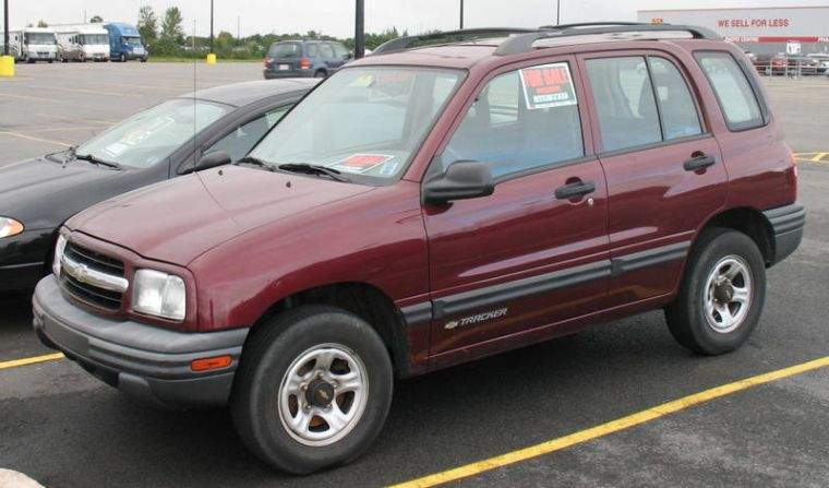 Chevrolet Tracker 2002 photo - 2