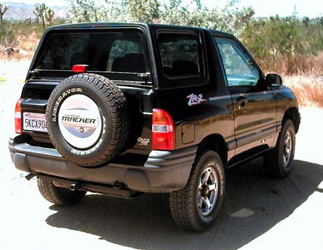 Chevrolet tracker 2003 photo - 2
