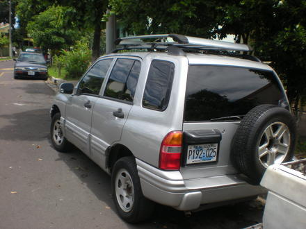Chevrolet tracker 2003 photo - 6