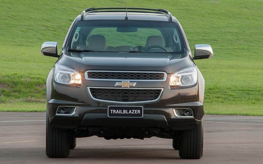 Chevrolet Trailblazer 2011 Review Amazing Pictures And Images