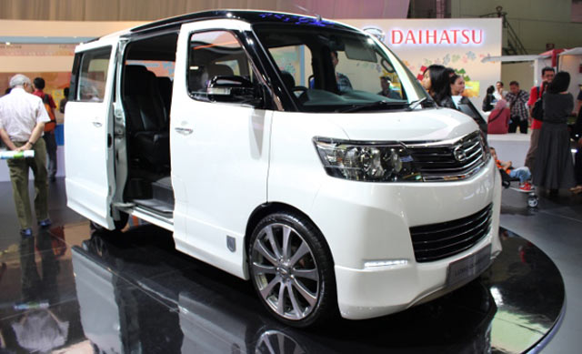 Daihatsu Luxio 2015: Review, Amazing Pictures And Images