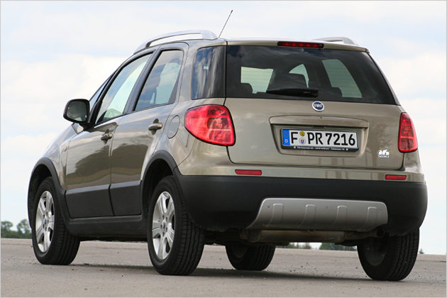 Fiat Sedici 2010 photo - 2