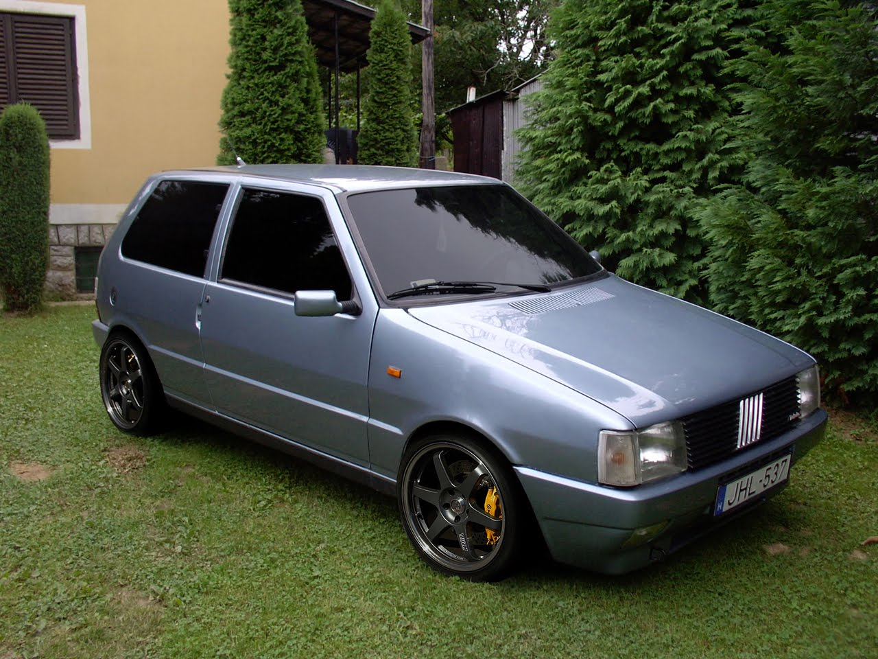 Fiat uno 1992 review amazing pictures and images look at the car fiat uno 1992 photo 1 altavistaventures Images