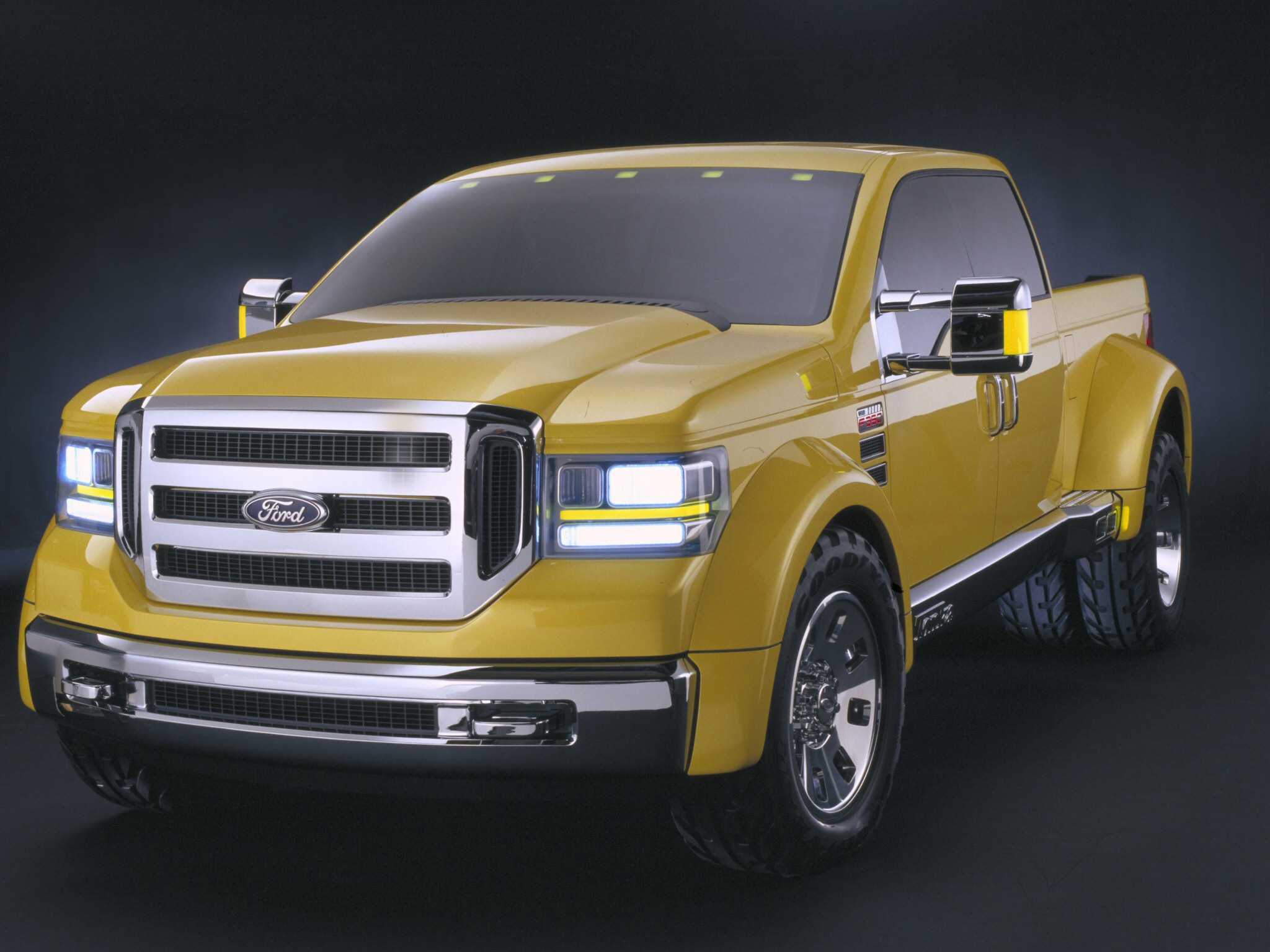 Ford 350 2002 photo - 2