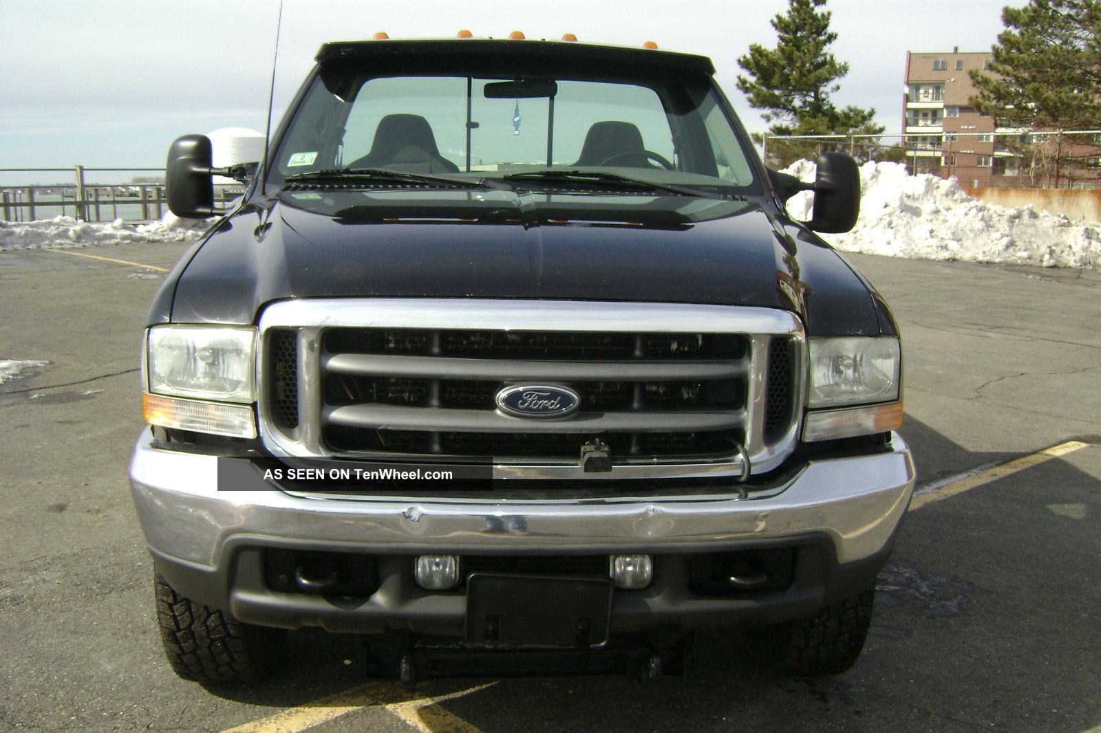 Ford 350 2002 photo - 9
