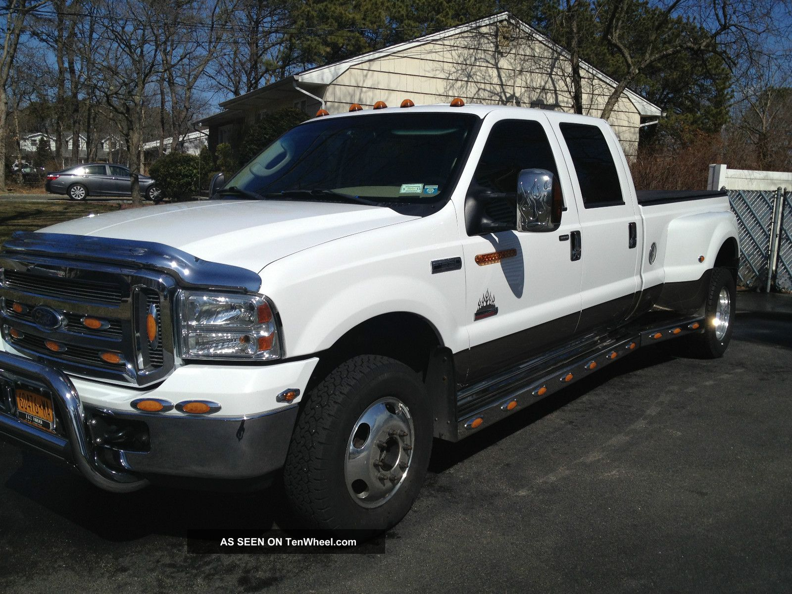 Ford 350 2005 photo - 10