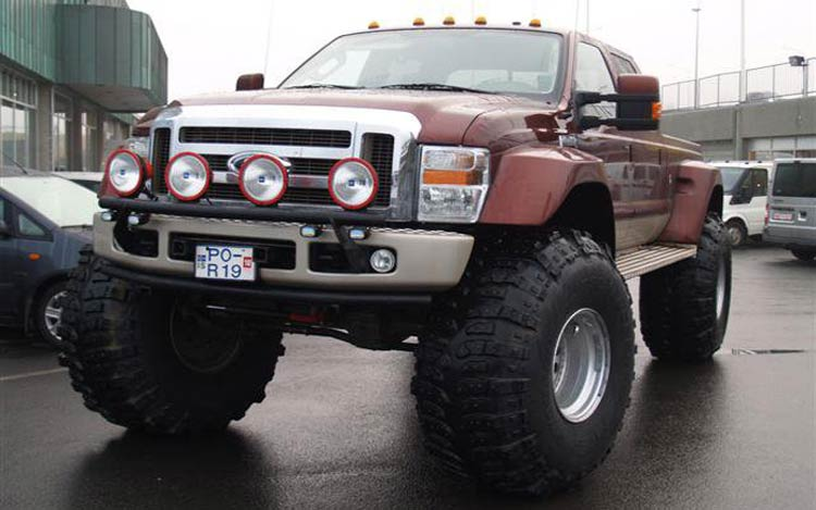 Ford 350 2015 photo - 2
