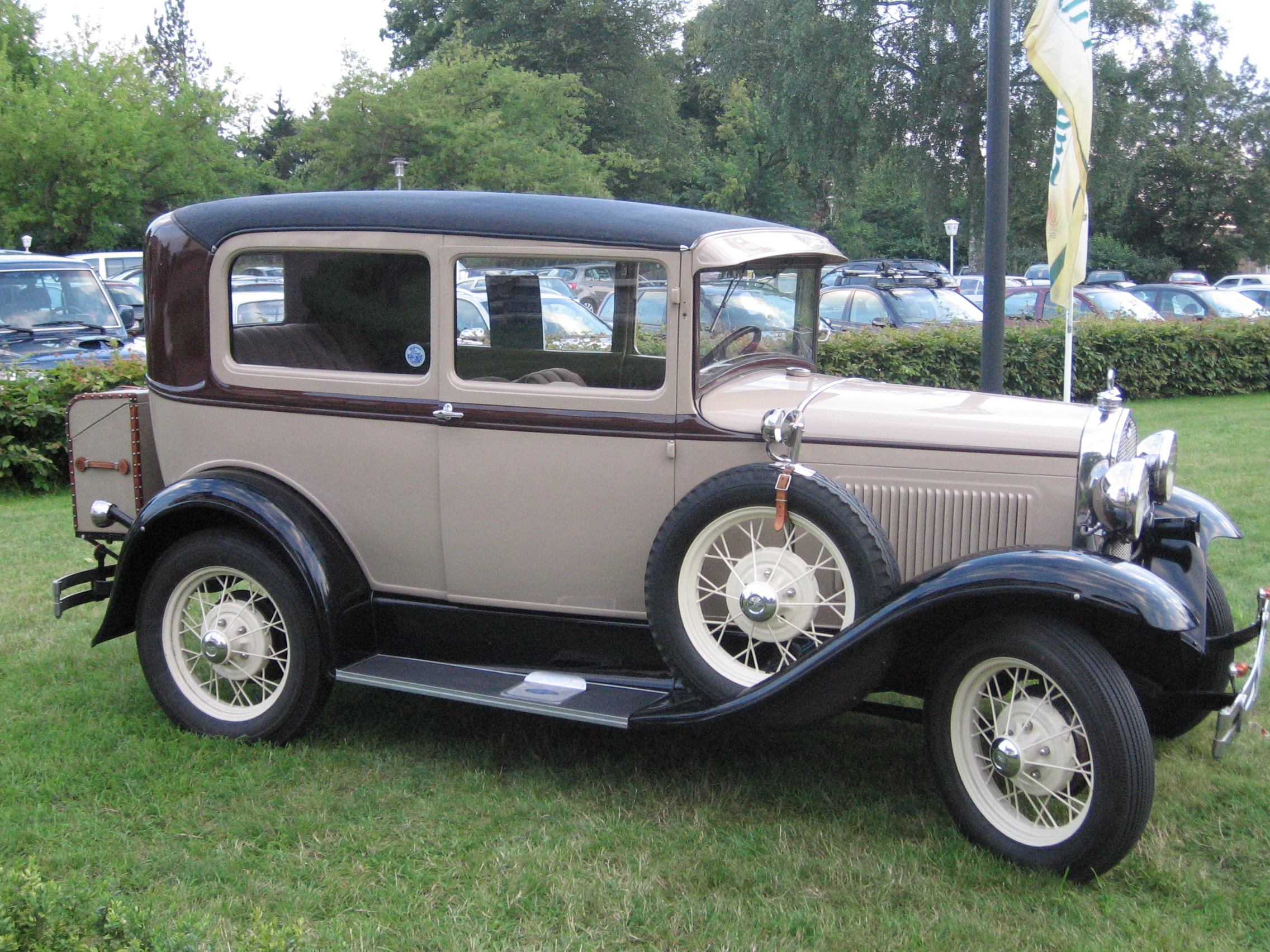 Ford a 1930 photo - 2