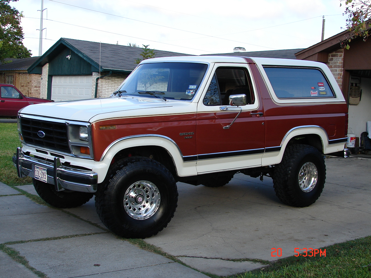 Ford bronco 1984 photo - 1