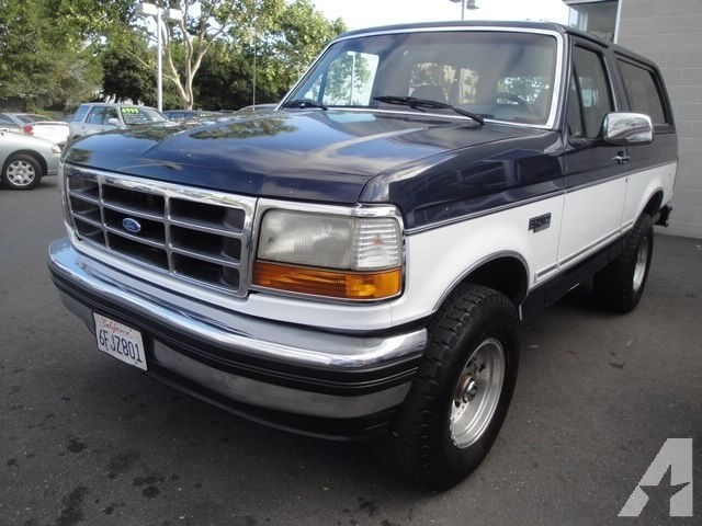 Ford Bronco 1993 photo - 4