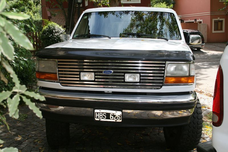 Ford Bronco 1993 photo - 5