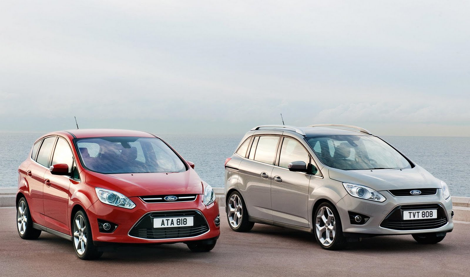 Ford c-max 2011 photo - 5