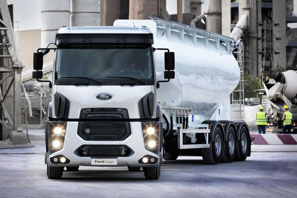 Ford cargo 2014 photo - 3