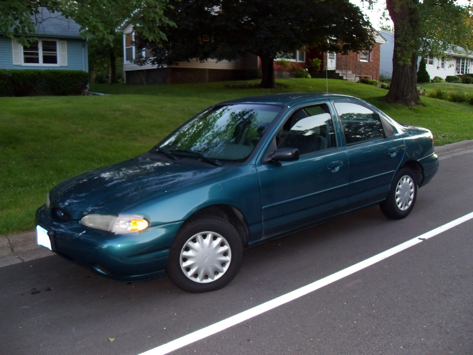Ford contour 1997 photo - 1