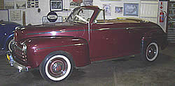 Ford convertible 1946 photo - 3