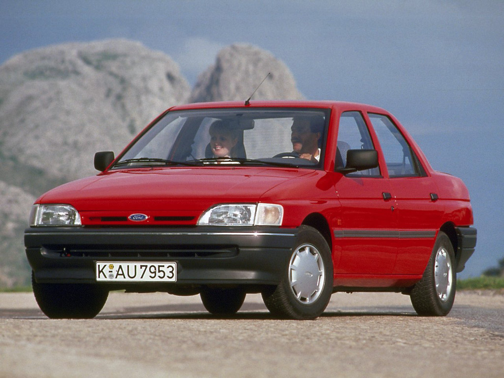 Ford corsair 1990 photo - 4