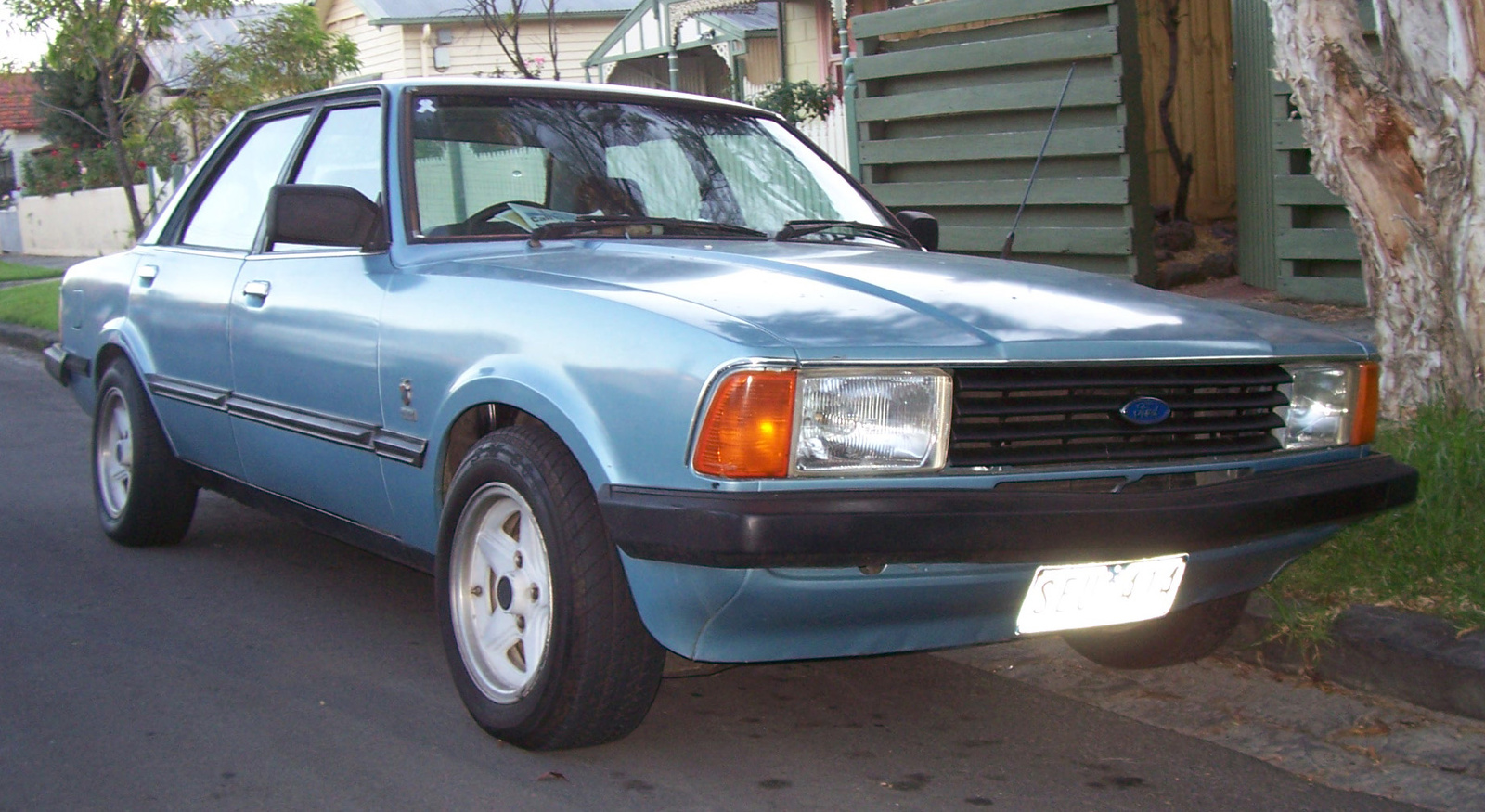 Ford cortina 1981 photo - 6