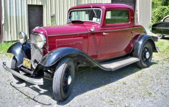 Ford Coupe 1932 photo - 3