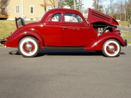 Ford Coupe 1936 photo - 10