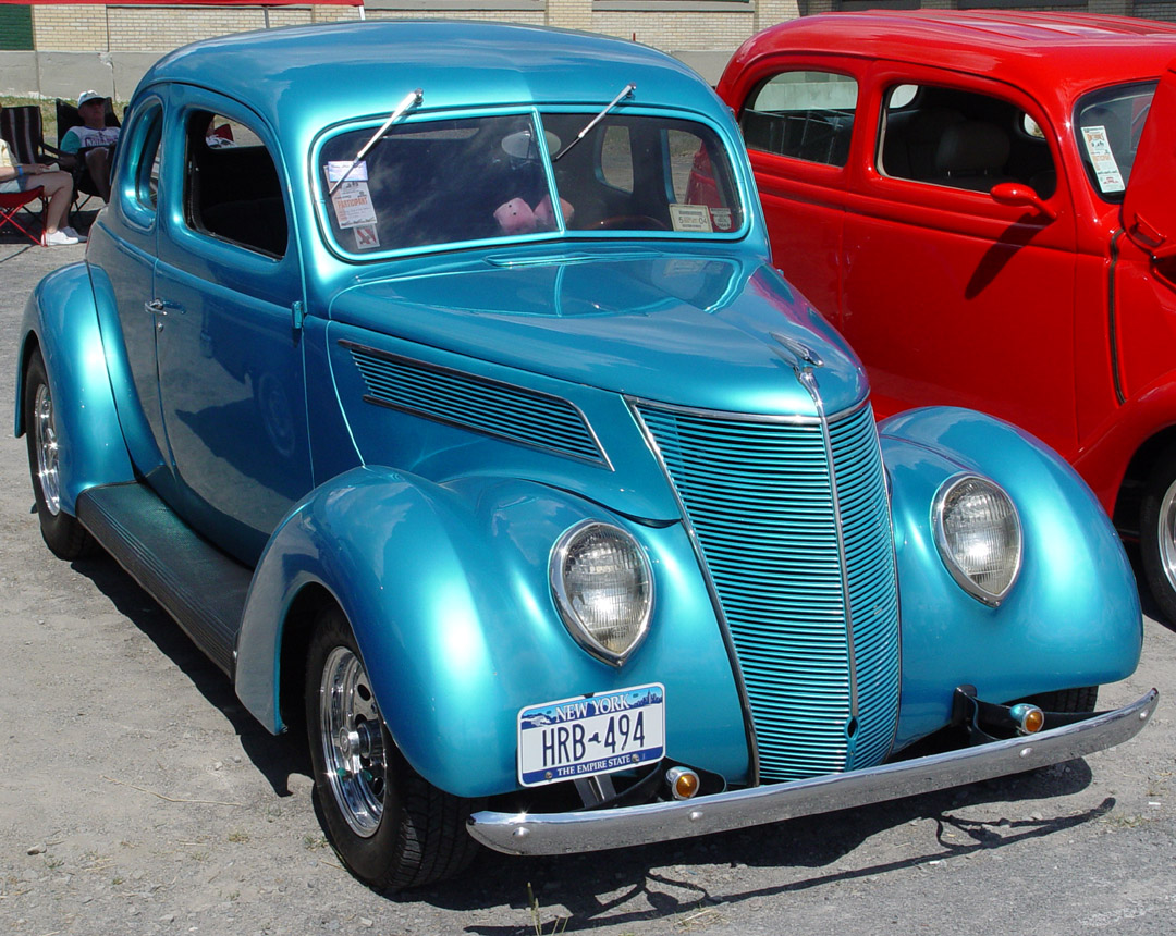 Ford coupe 1937 photo - 1