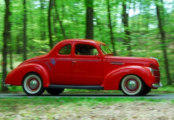 Ford Coupe 1938 photo - 3
