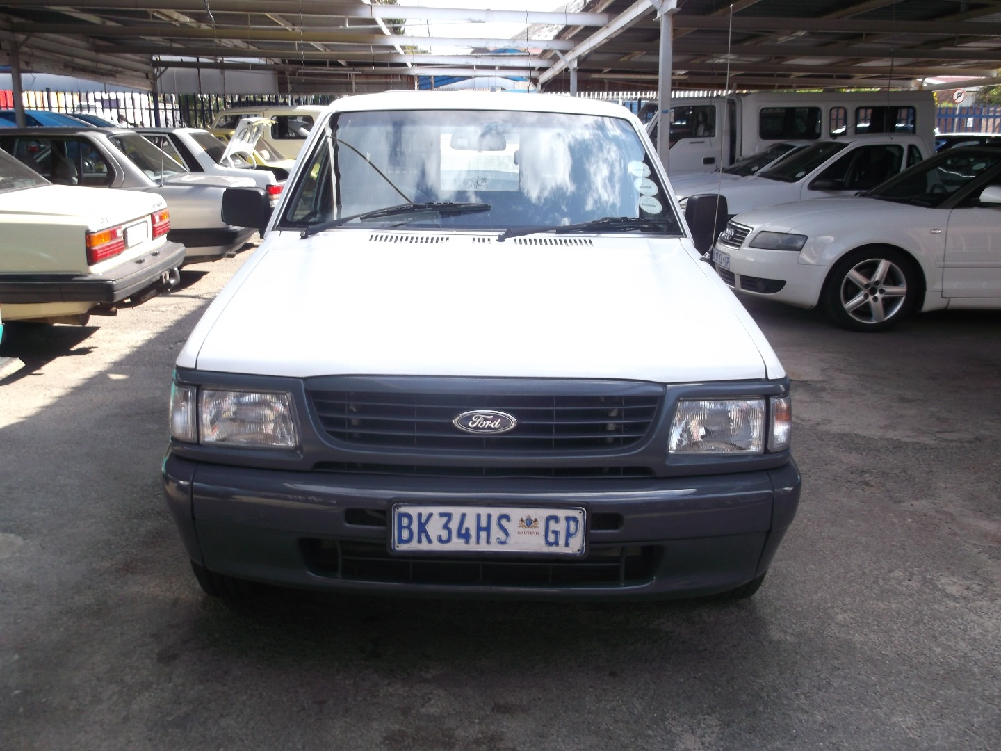 Ford courier 1990 photo - 3