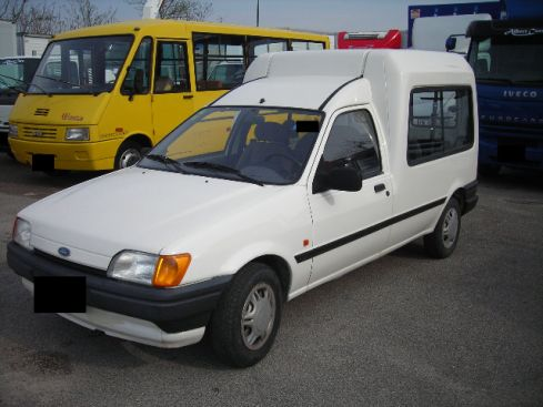 Ford courier 1993 photo - 9