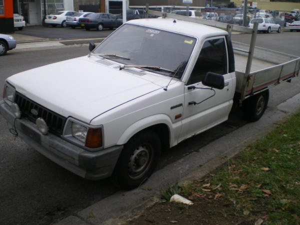 Ford courier 2010 photo - 8