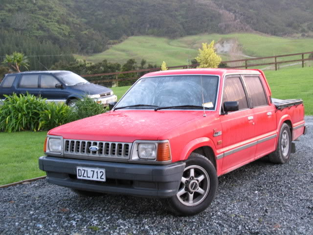 Ford courier 2011 photo - 5
