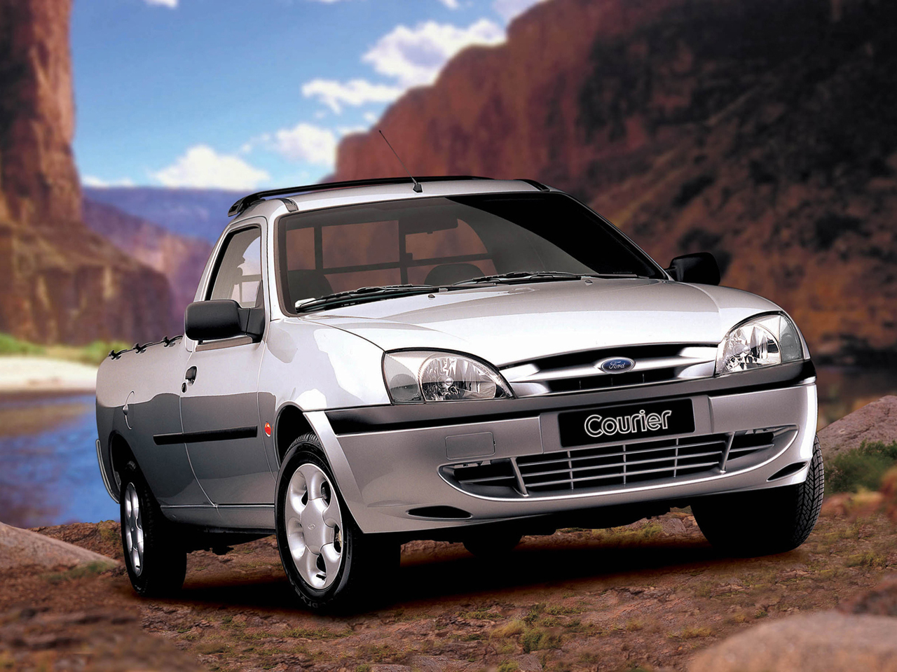 Ford courier 2015 photo - 3