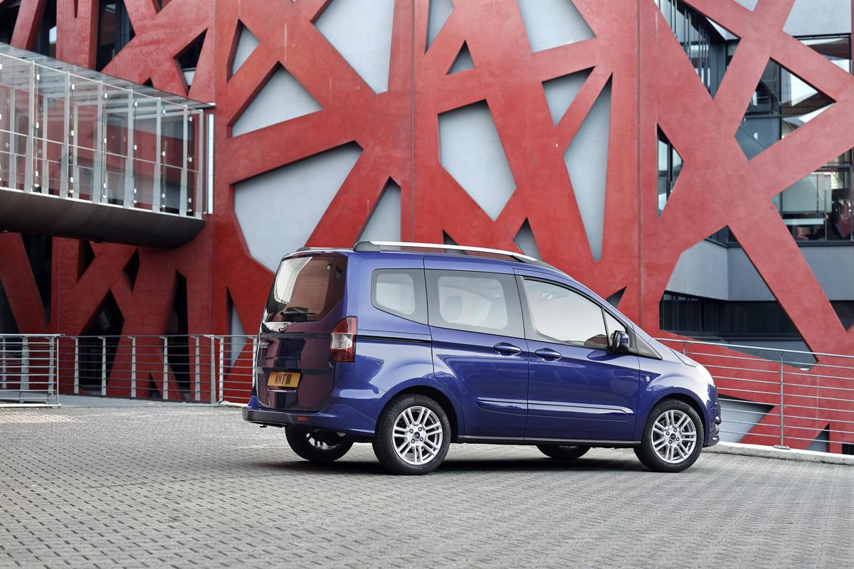 Ford courier 2015 photo - 7