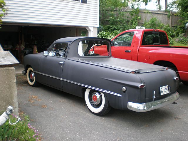 Ford Custom 1949 photo - 4