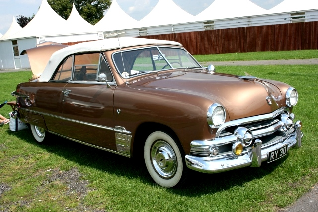 Ford custom 1951 photo - 4