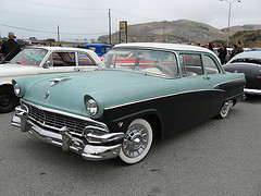 Ford customline 1956 photo - 2