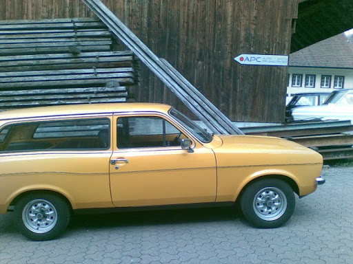 Ford Escort 1976 photo - 8