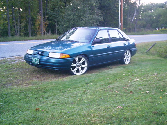 Ford escort 1994 photo - 3