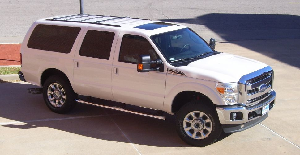 Ford excursion 2010 photo - 2