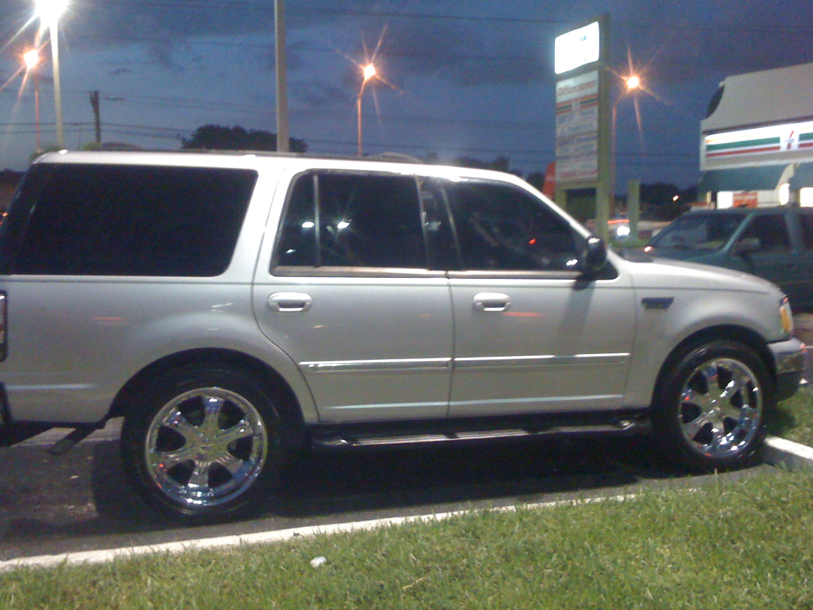 Ford expedition 2000 photo - 4