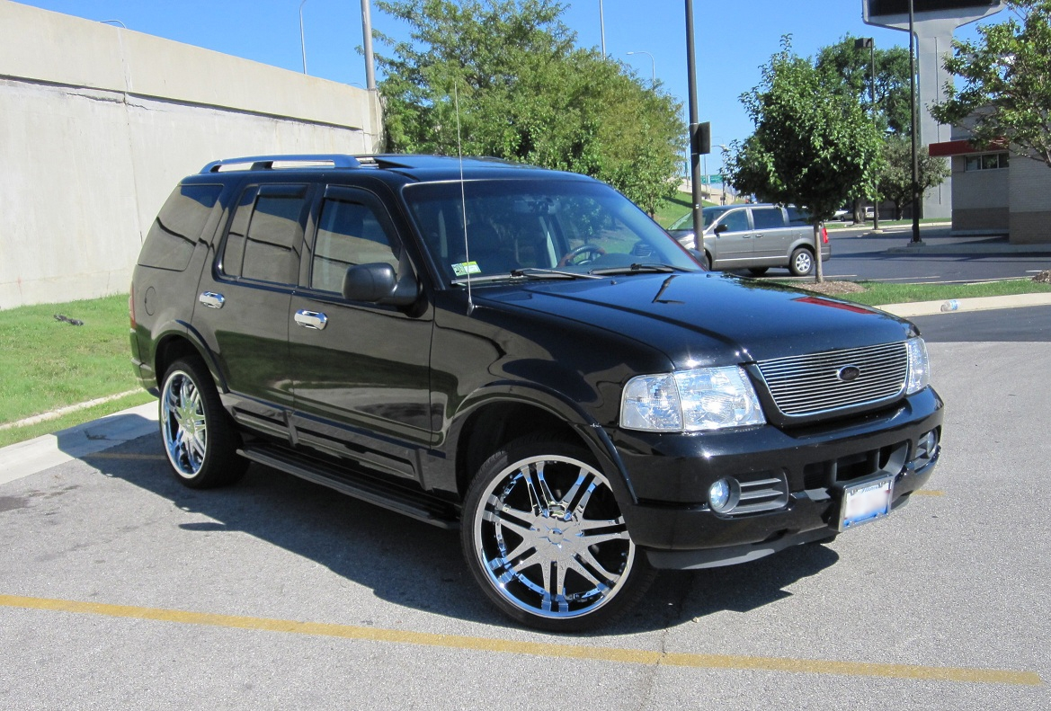 Ford explorer 2005 photo - 2
